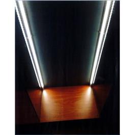 Illuminazione con striscia LED per vetrine altezza cm. 90 per SINGOLO angolo