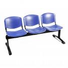 Panca a tre posti con sedute in plastica colorata fisse